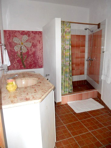 Salle de bain rez de chaussee 3