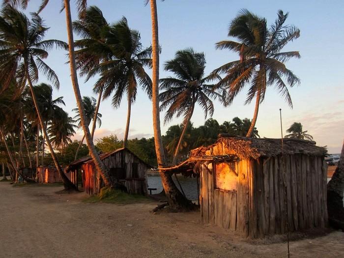 Vie locale dominicaine cabrera rio san juan